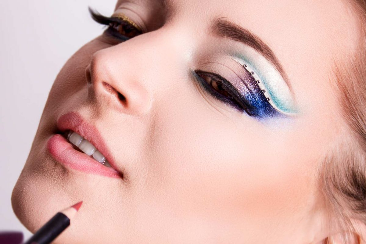 twiggy eyelashes | Virtual Make-Up Bag